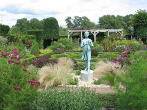 Art in Action Gallery at Waterperry Gardens